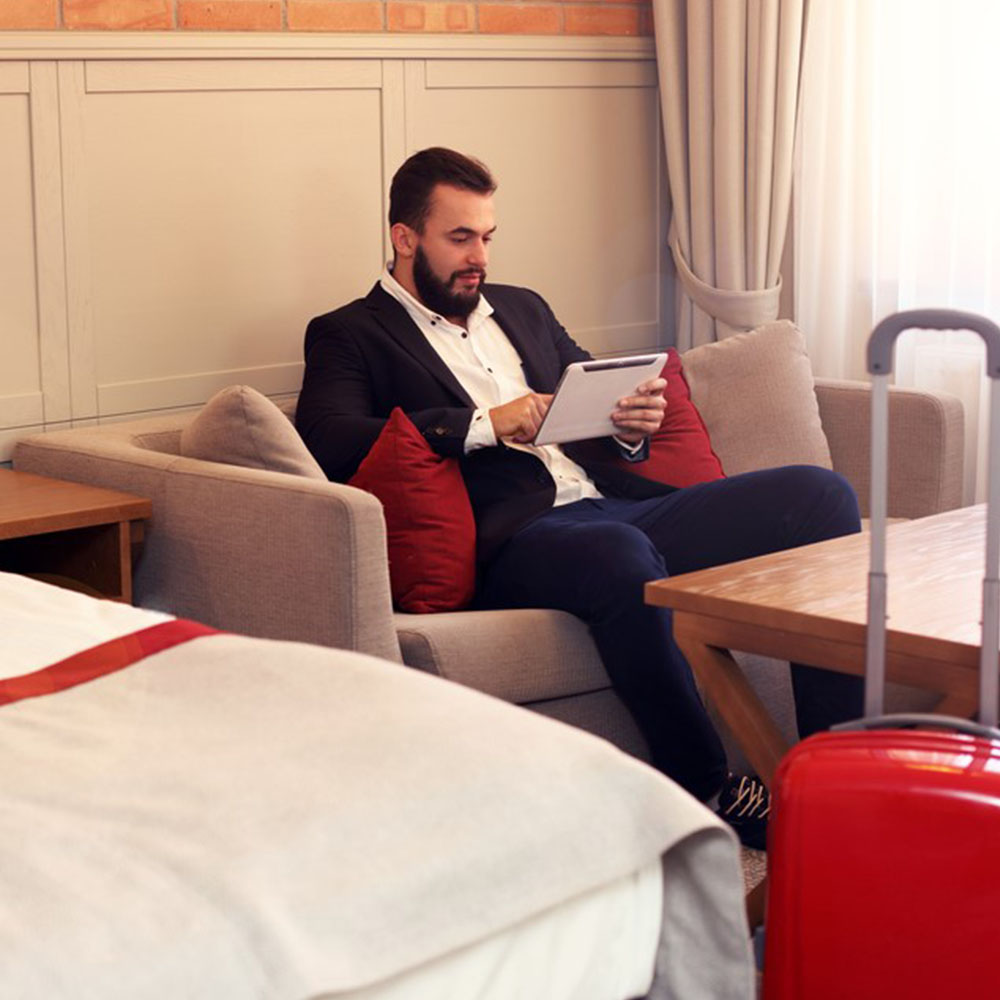 GROUP BUSINESS TRAVEL: ME, MYSELF AND WE