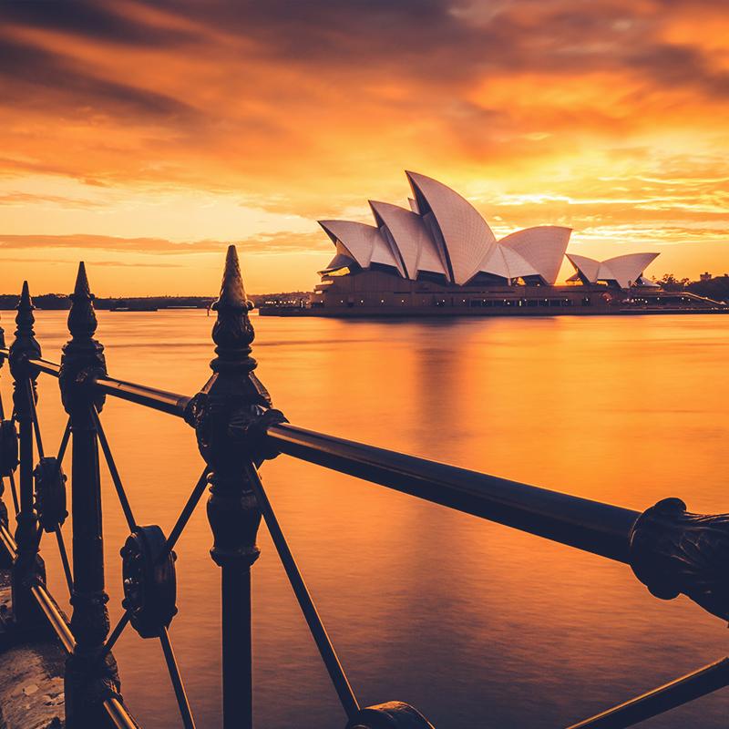 AUSTRALIA'S INTERNATIONAL BORDERS TO GRADUALLY OPEN